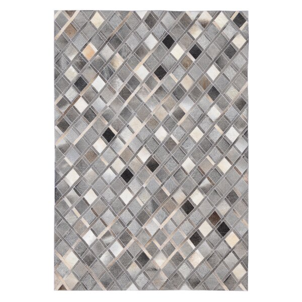 Chappell Diamond Hand Woven Cowhide Gray Area Rug by 17 Stories