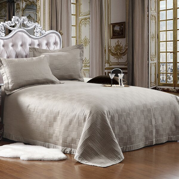 Cotton Reversible Quilt Set by Textiles Plus Inc.
