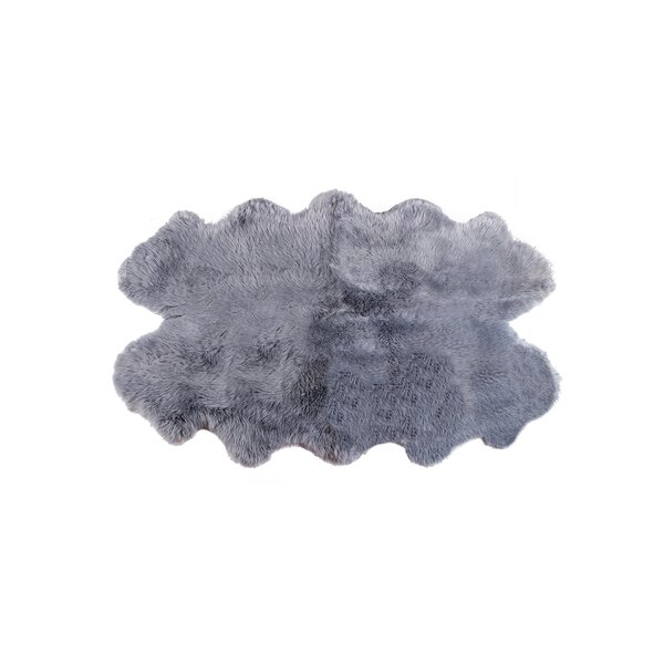 Oma Hand-Woven Sheepskin Gray Area Rug by Rosdorf Park