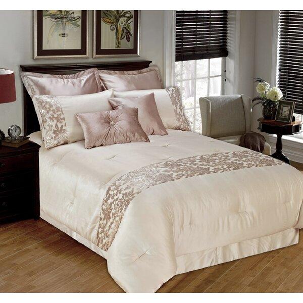Lenum Comforter Set