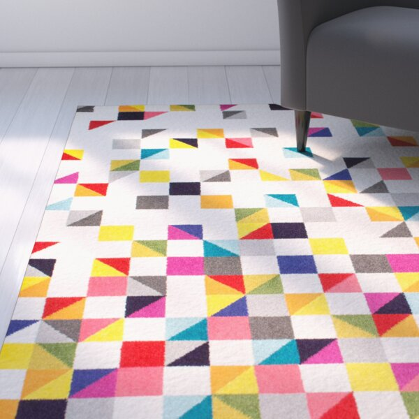 Hunter White Area Rug by Latitude Run