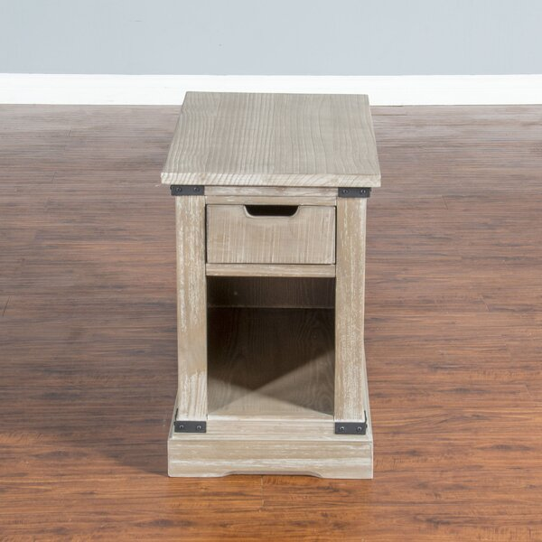 Howden End Table by 17 Stories