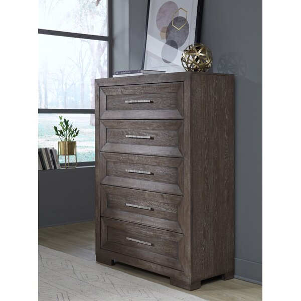 Seevers 5 Drawer Chest by Union Rustic