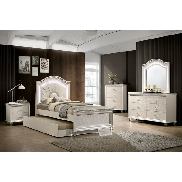 Setzer Platform Configurable Bedroom Set by Everly Quinn