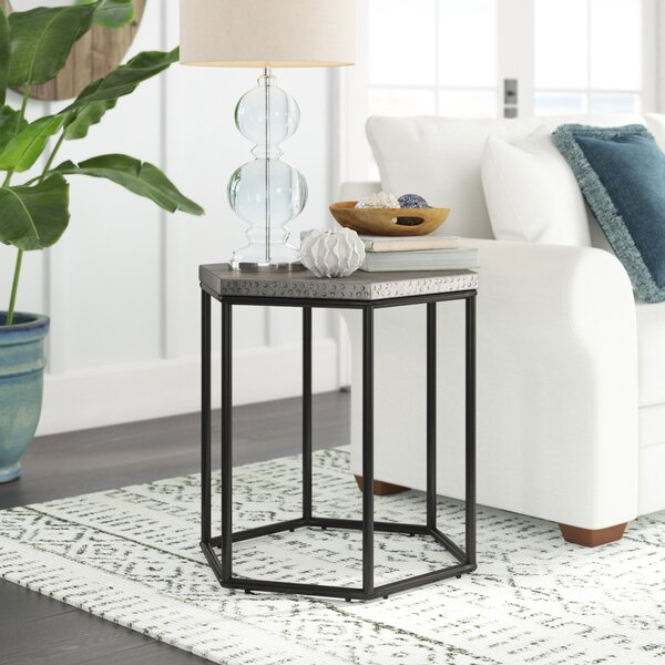 Nickelsville End Table by Brayden Studio