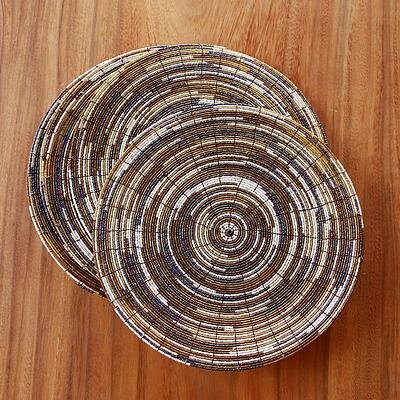 Juli Astiti 12 Artisan Crafted Round Bead Placemat (Set of 6) by Novica