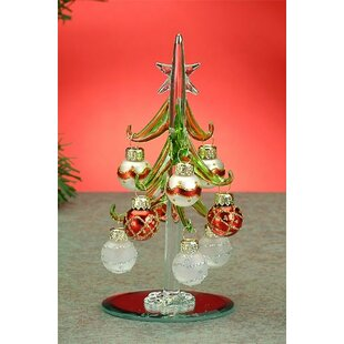 green xmas tree with ornaments - Red And Green Christmas Decorations