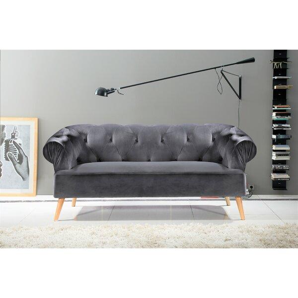 Cheap Price Everson Chesterfield Sofa