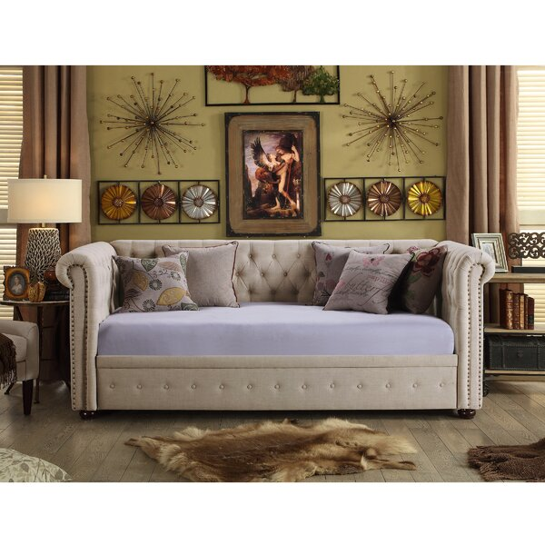 Bannruod Chesterfield Twin Daybed by House of Hampton