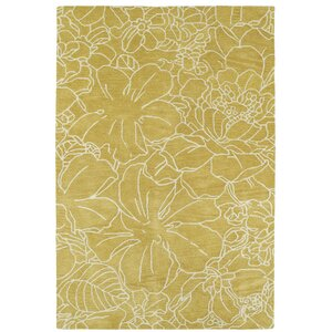 Hand-Tufted Yellow/Ivory Area Rug