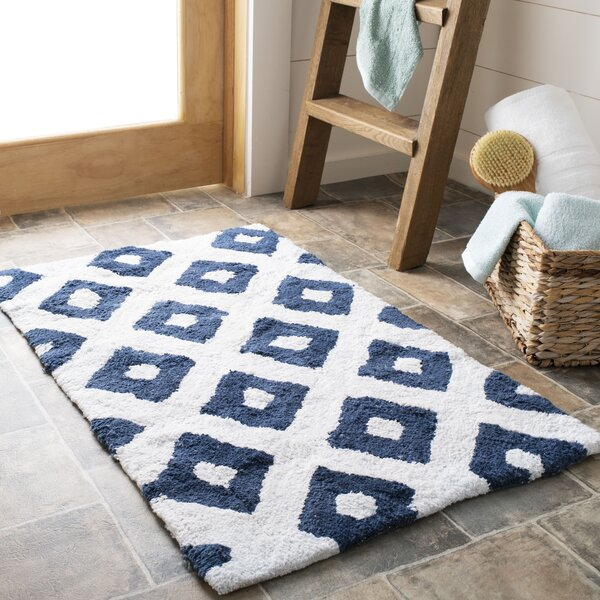 Diamante Bath Rug (Set of 2) by Safavieh
