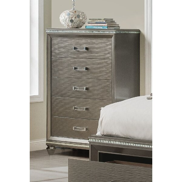 Sanabria 5 Drawer Chest by Everly Quinn