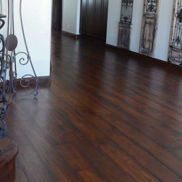Farmhouse 7-1/2 Engineered Maple Hardwood Flooring in Saxony by Albero Valley