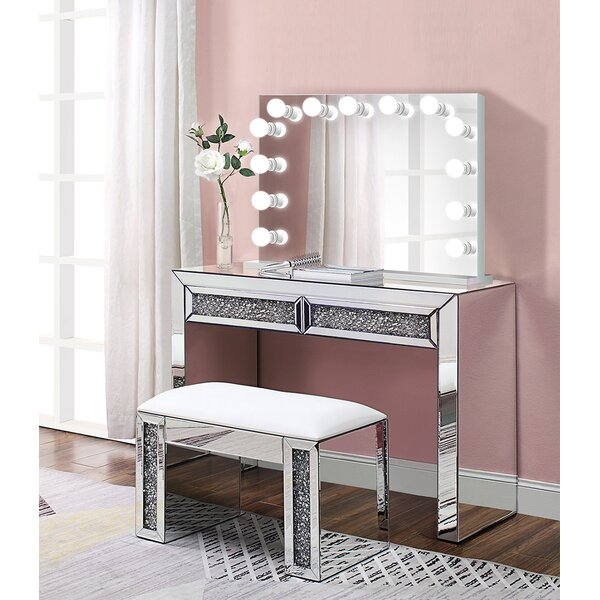 Alderete Glam Crystal Makeup Station Vanity Set with Mirror by Everly Quinn