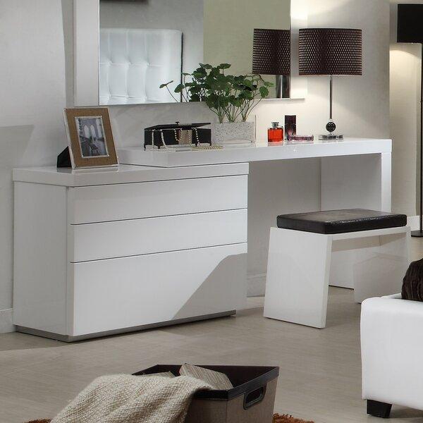 Towne 3 Drawer Dresser by Latitude Run