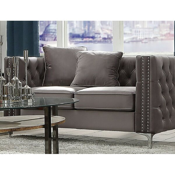Review Holden Chesterfield Loveseat