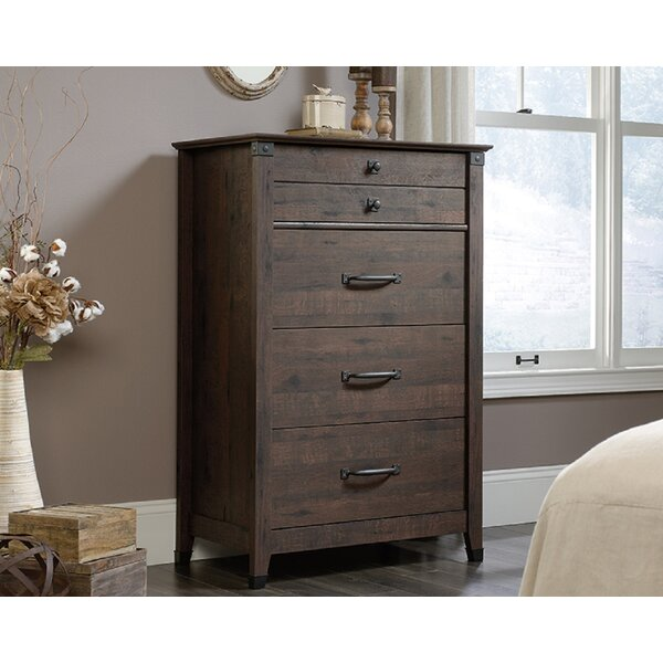 Leadington 4 Drawer Standard Chest by Loon Peak