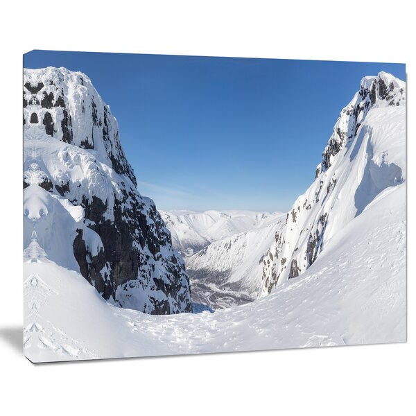 Pass in the Northern Winter Hills Photographic Print on Wrapped Canvas by Design Art
