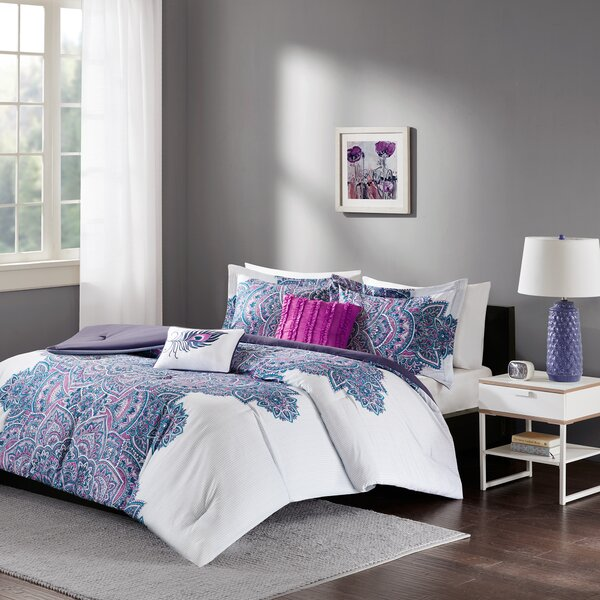 Deeanna Comforter Set by Bungalow Rose