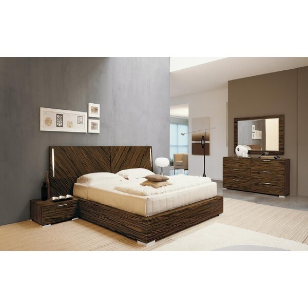 Webb Panel Customizable Bedroom Set by YumanMod