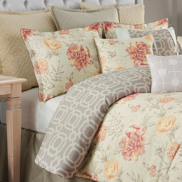 Delaney Floral Reversible Comforter Set