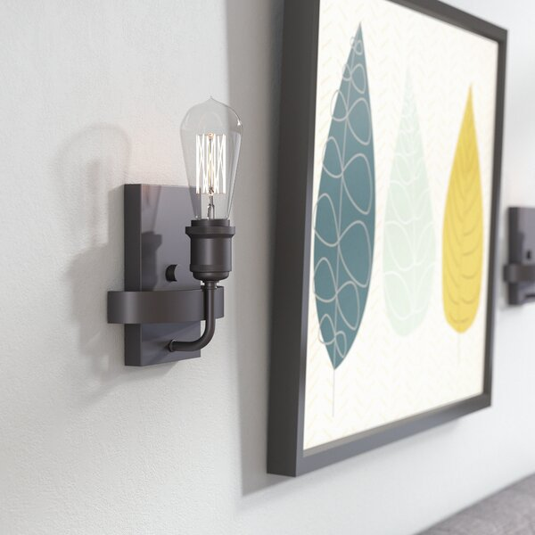 Perlita 1-Light Armed Sconce by Langley Street