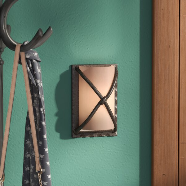 Criss 1-Light Flush Mount by Loon Peak