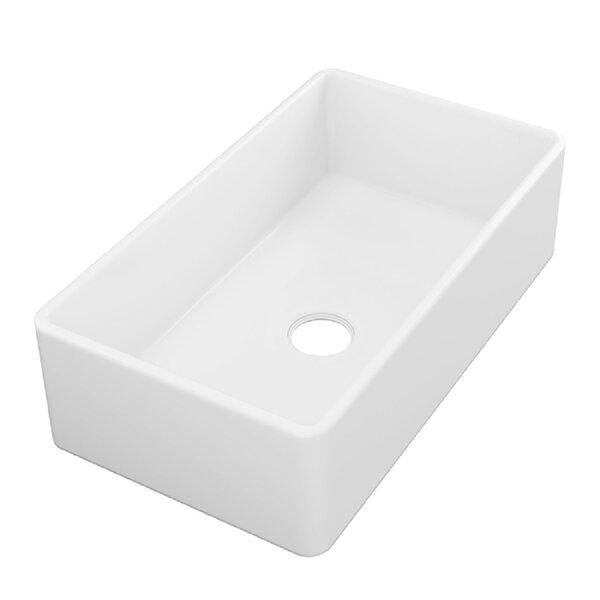 33 L x 18 W Farmhouse/Apron Kitchen Sink