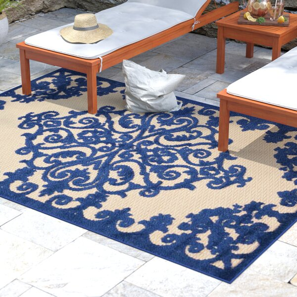 Farley Navy Indoor/Outdoor Area Rug by Beachcrest Home