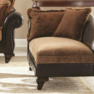 Gassville Traditional Chaise Lounge