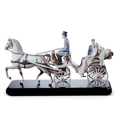 Bridal Carriage Couple Figurine Lladro -  01001932