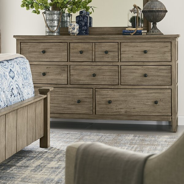 Arria 8 Drawer Standard Dresser/Chest by Gracie Oaks