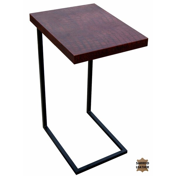 Review Apple Orchard End Table