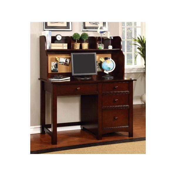 Omnus Desk with Hutch