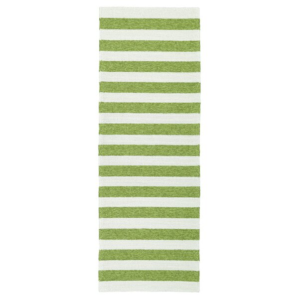 Suffield Green & Cream Indoor/Outdoor Area Rug by Breakwater Bay