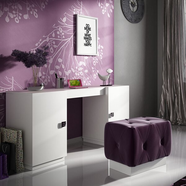 Kirkwood Bedroom Makeup Vanity Set by Everly Quinn