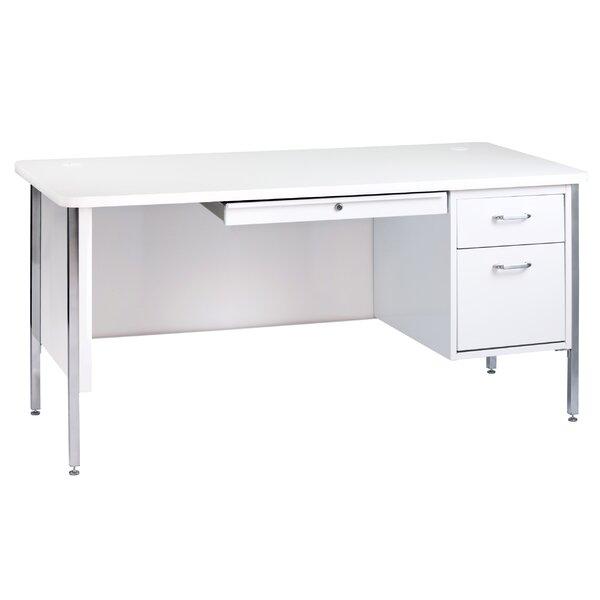 600 Series Desk by Sandusky Cabinets