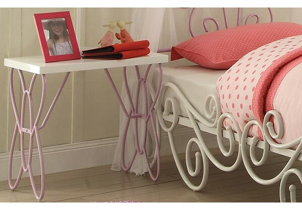 Saundra Nightstand by Zoomie Kids