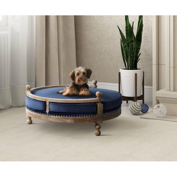 Davey Dog Sofa by Archie & Oscar