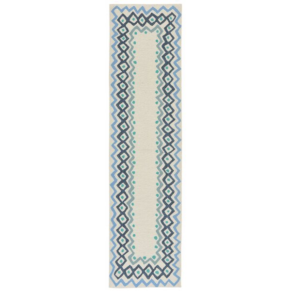 Northfield Ethnic Hand-Tufted Ivory Indoor/Outdoor Area Rug by Beachcrest Home