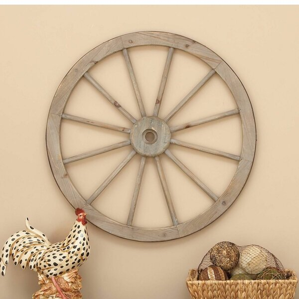 Wagon Wheel Wall Decor