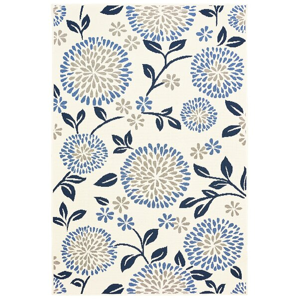 Corine Chrysanthemum Ivory/Blue Indoor/Outdoor Area Rug by Winston Porter