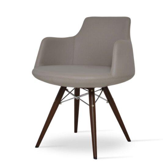 Dervish MW Chair by sohoConcept