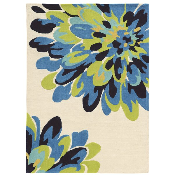 West Wick Hand-Tufted Bloom Blue/Beige/Black Area Rug by Wrought Studio