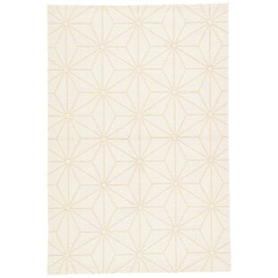 Saison Hand Hooked White Indoor/Outdoor Area Rug