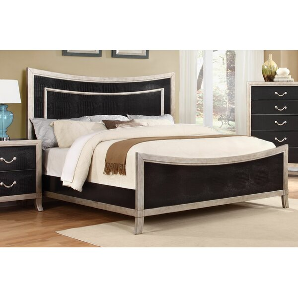 Metoyer Panel Bed by House of Hampton