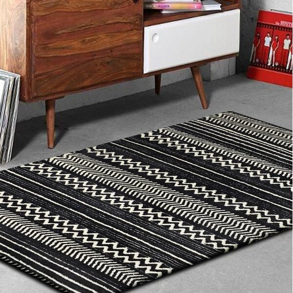 Byrnes Hand-Tufted Black/White Indoor Area Rug by Foundry Select