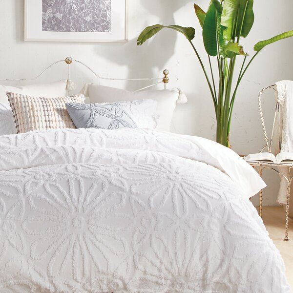 Saguaro Bungalow Rose Chenille Medallion Comforter Set