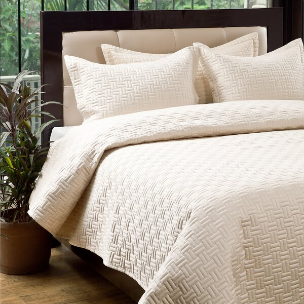 Oxford 3 Piece Quilt Set by Textrade