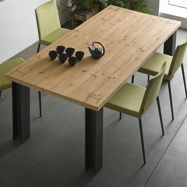 Presto Dining Table by YumanMod